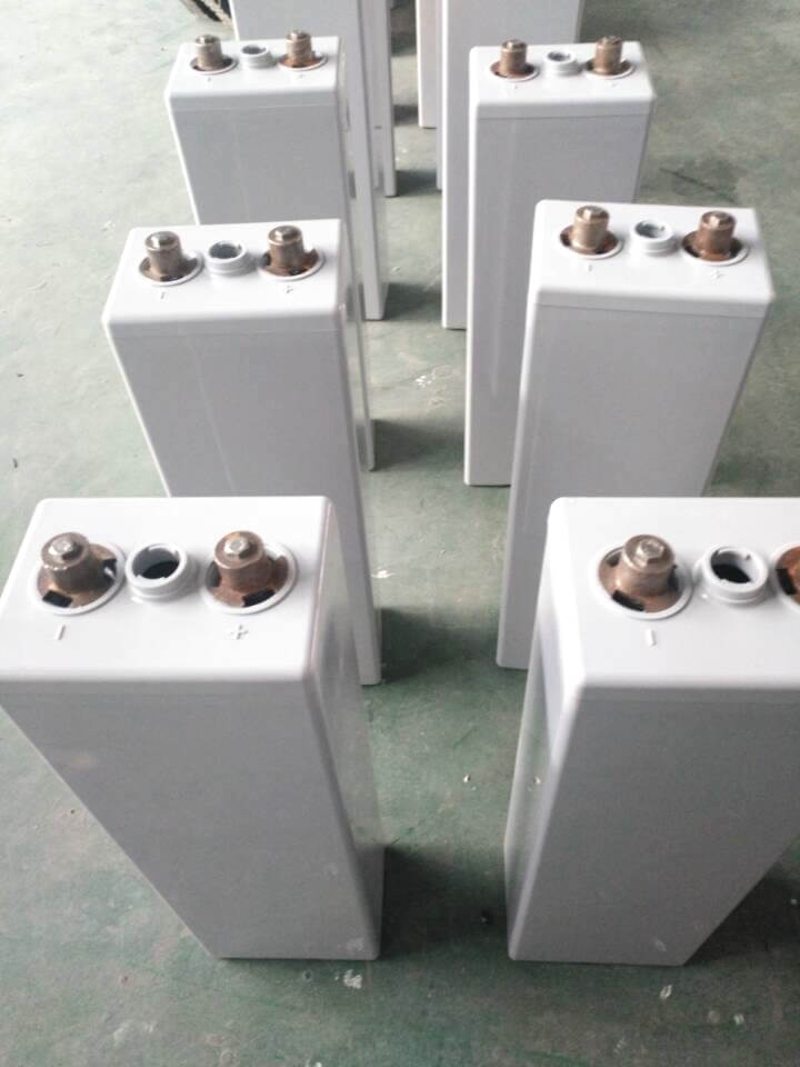 OPzV 600Ah Tubular Gel Battery Production (3)